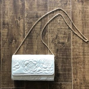 Cream/Light Tan Purse
